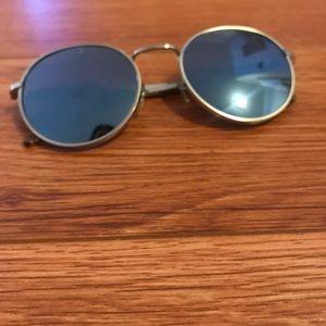 WILDFOX Dakota Deluxe Sunglasses